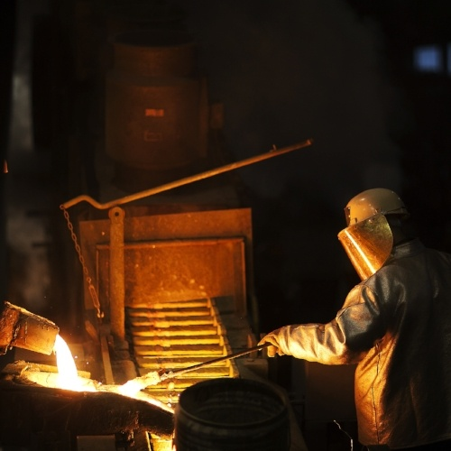 Alloy smelting@sqr.jpg