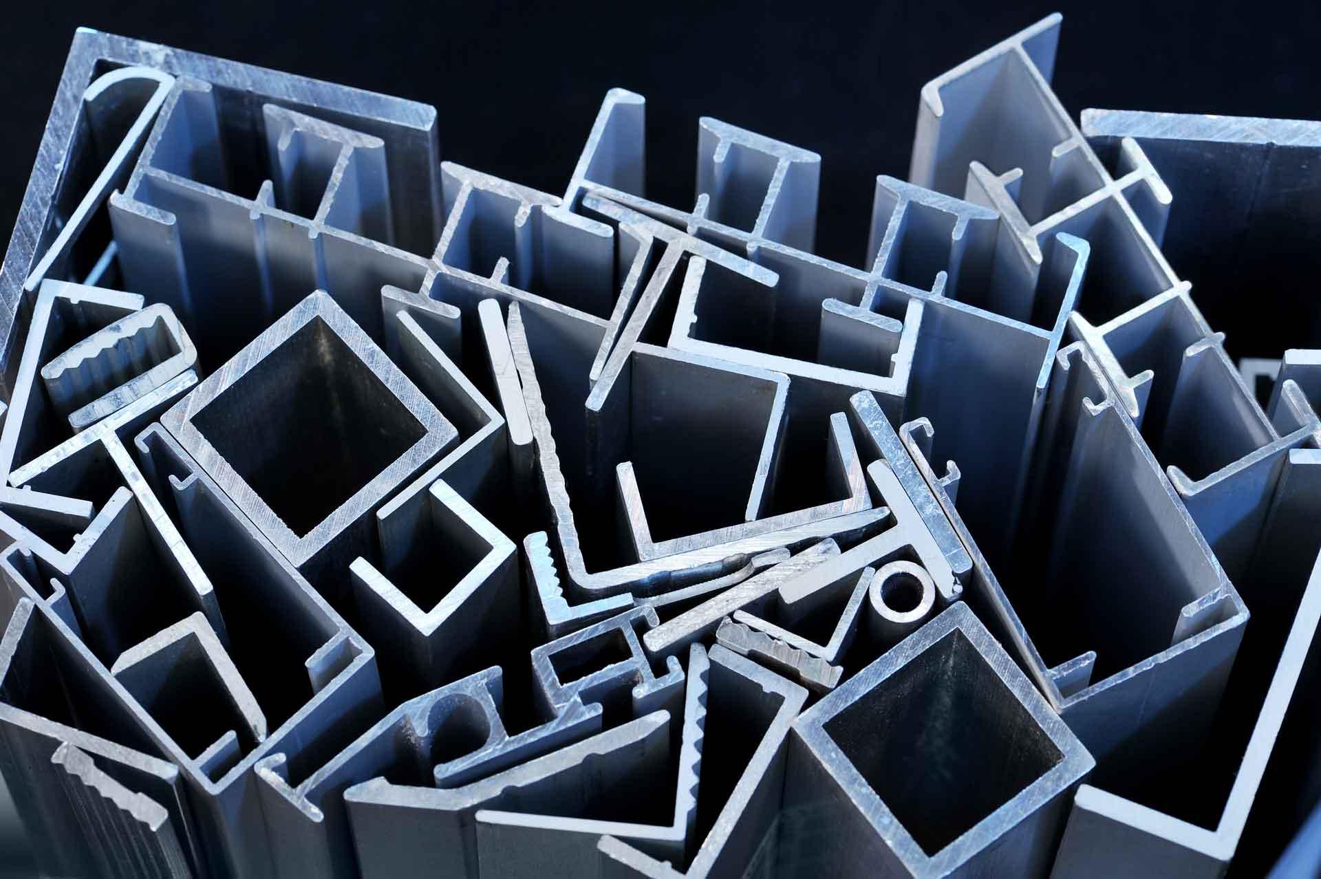 Bespoke aluminium & plastic extrusion